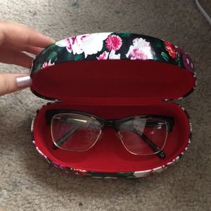 907ae84aa015 Betsey Johnson Accessories - Betsey Johnson sunglasses case